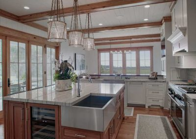 Ford Plantation Large Kitchen with Kitchen Island